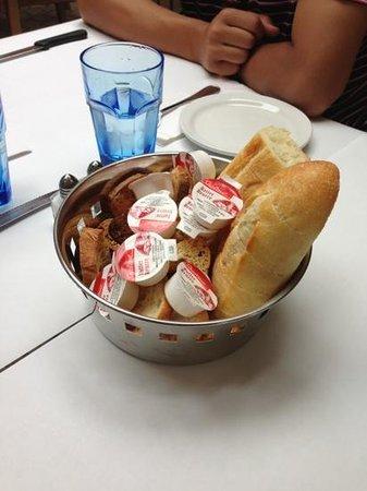Copains Gourmands: bread