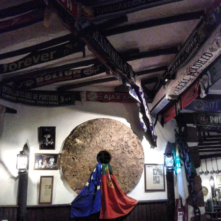 Almadena, Portekiz: entrada