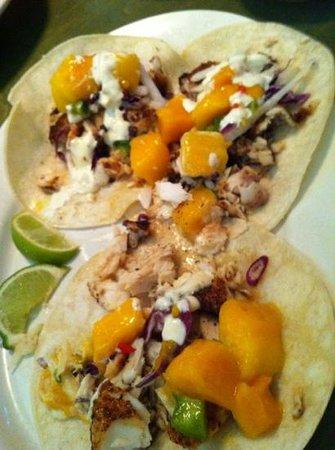 BON TEMPS GRILL : fish tacos