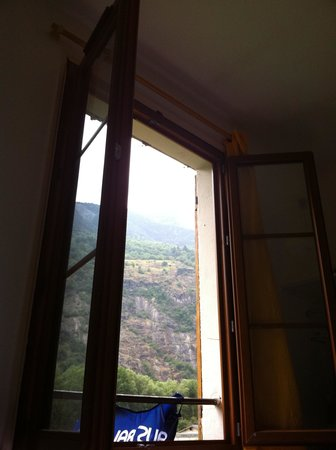 Hotel La Cascade : View from the bed
