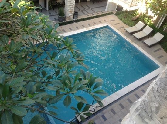 Bintang Mulia Hotel: swimming pool