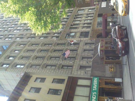 Clarion Hotel Park Avenue: frente del hotel