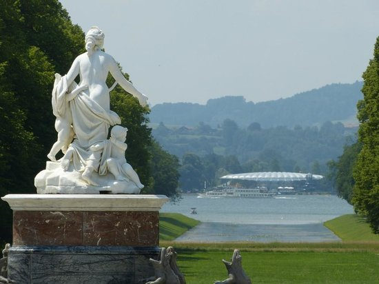 Schloss Herrenchiemsee : Looking towards the lake