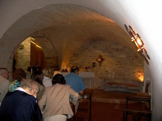 Casa Del Terzario : The private chapel in the basement of the hotel. The Blessed Sacrament is reserved there.