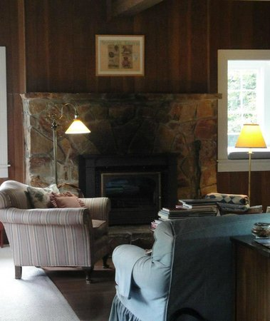 Ten Inverness Way: Living Room