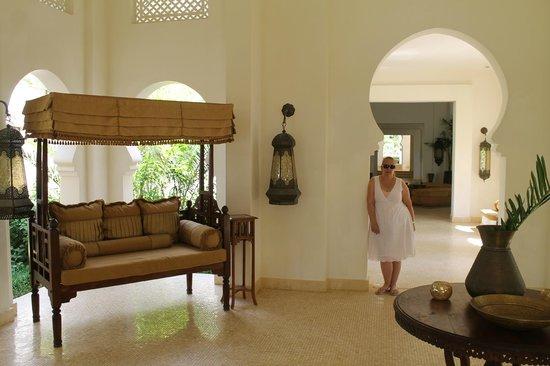 Baraza Resort & Spa: reception area