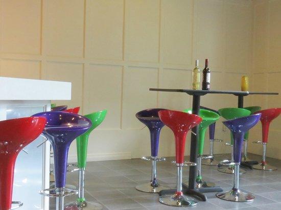 Small Talk Vineyards: Tasting room