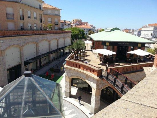 Forum Aveiro: Vue depuis le jardin du dernier étage
