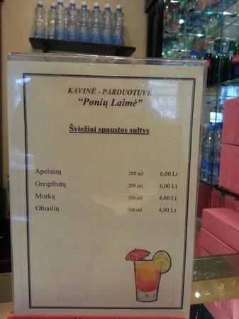Poniu Laime Cafe: menu de jugos