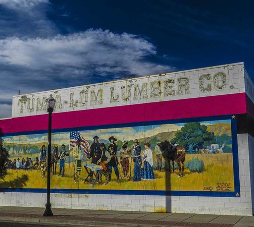 The Dalles: Mural Downtown
