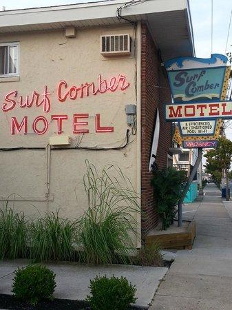 Surf Comber Motel : Motel Office Entrance