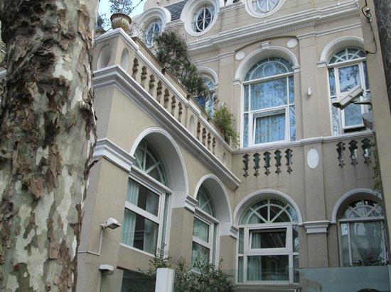 Rendez Vous Hotel Buenos Aires: Fachada do hotel Rendez Vous