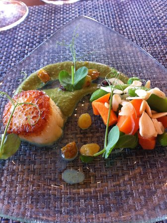 St. Francis Winery and Vineyards : Seared scallop