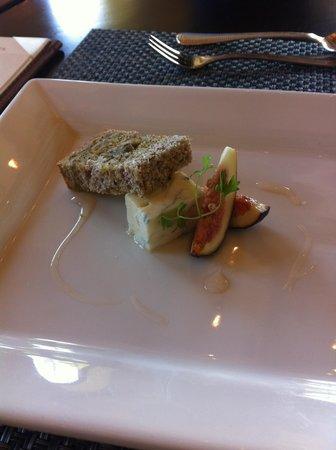 St. Francis Winery and Vineyards : Seasonal cheese selection