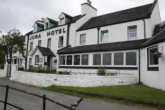 The Jura Hotel (and pub)