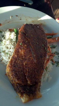 Dead Fish Grill: Blackened Redfish