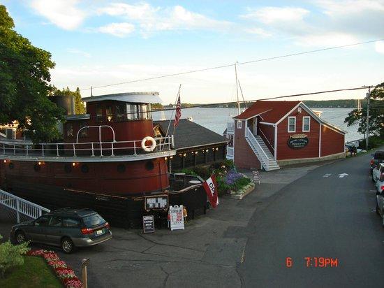 Tugboat Inn Restaurant