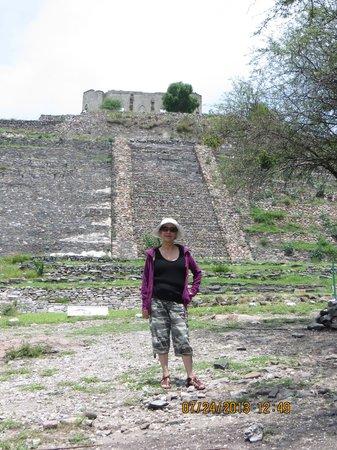 El Cerrito : Not Teotihuacan but still!