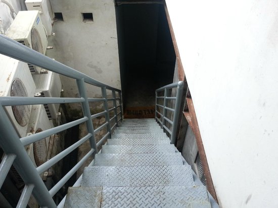 M Hostel : Stairs leading to M-hostel