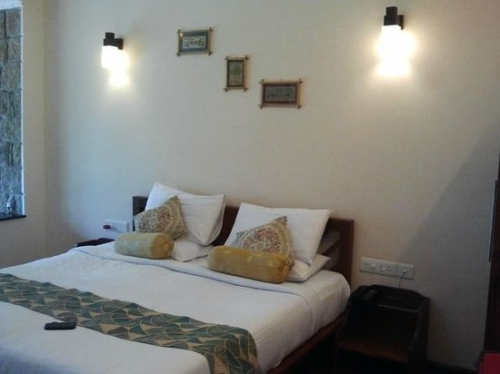 Kaivalyam Retreat: Room- Tastefully done!