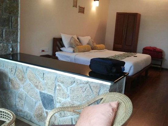 Kaivalyam Retreat: Comfy bed