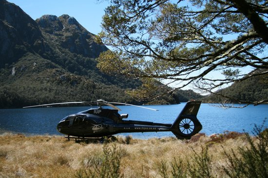 Over The Top - The Helicopter Company - Tours