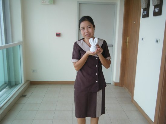 our bunny (facewasher) and nice maid - Picture of Centara ...