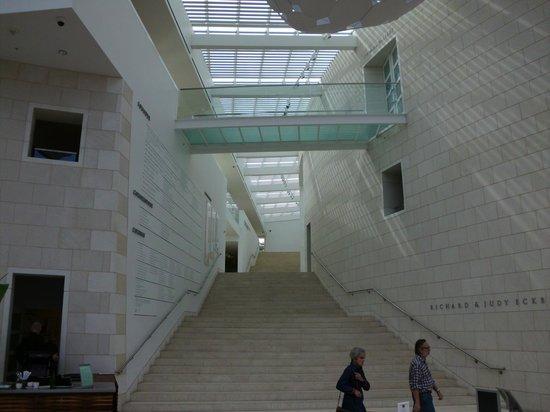 Telfair Museums Jepson Center: Stairway to museum
