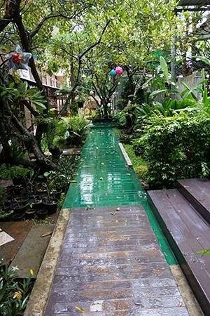 Baan Nattawadee: public area