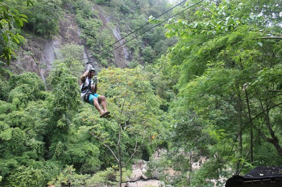 Zipline Chiangmai: over a river