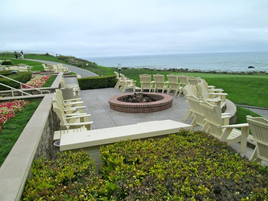 The Ritz Carlton Half Moon Bay Fire Pit