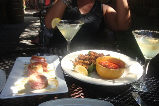 Anthony J's Bistro : proscuitto wrapped scallops and calamari fritti