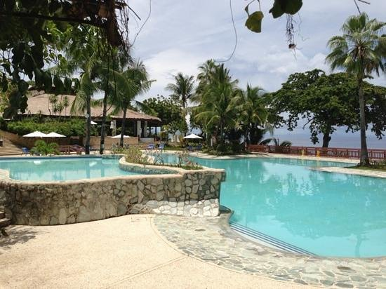 Alegre Beach Resort: the pool