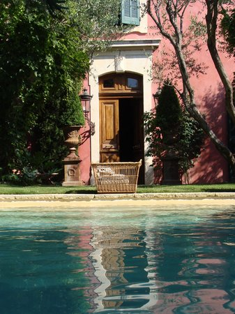 Jardins Secrets : view from the pool