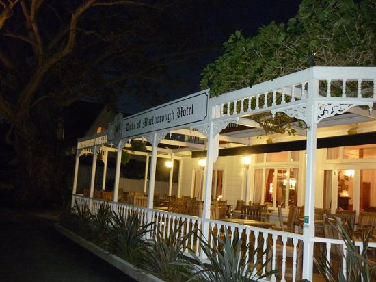 Duke of Marlborough Hotel: vue de l'hotel de nuit
