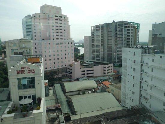 Aquari Hotel : サイゴン川が少しだけ見えました