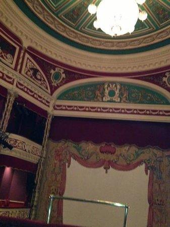 Gaiety Theatre: 中もステキ