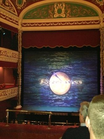 Gaiety Theatre: 09/08/2013