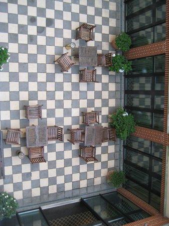 relexa hotel Stuttgarter Hof: Patio interior