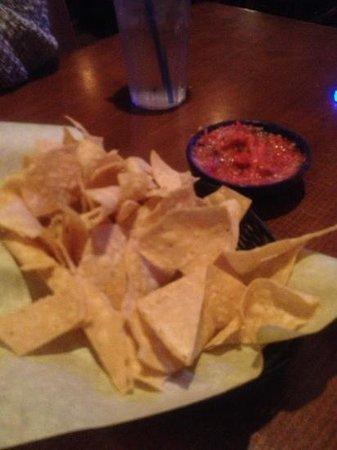 El Torito: chips and salsa
