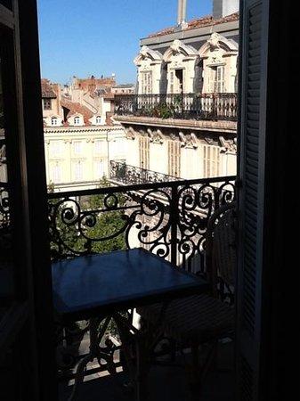 Hotel Saint Louis : dalla camera