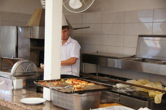 Euphoria Palm Beach Resort: Пицца.