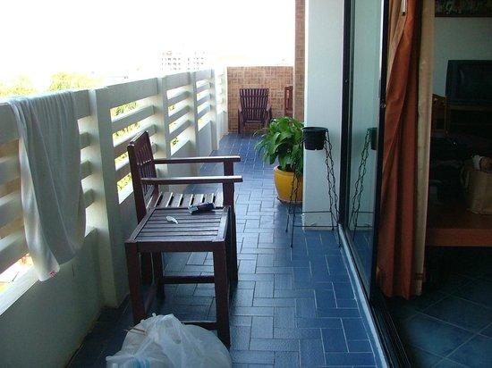 Huahin Loft Hotel : private balcony