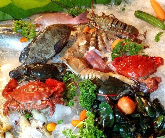 Villa Elisabeth: Seafoodbuffet frisch vom Fischer in Rawai
