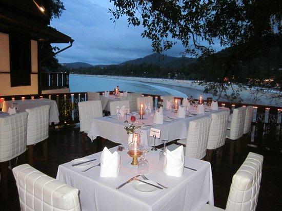 Villa Elisabeth: Terassenrestaurant Bella Vista direct ueber dem Meer