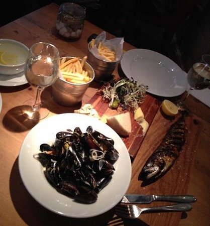 Framptons : delicious muscles and mackerel