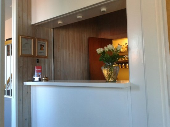 Hotel Gudhjem: recepcja