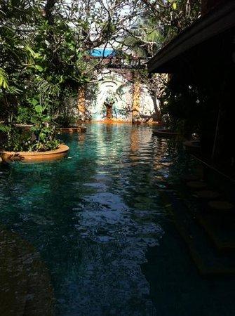 Sawasdee Village: the pool