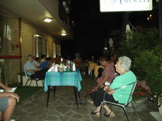 Hotel Marselli: ''The Italian music night'', organized by hosts