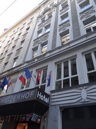 Hotel Schweizerhof: Haus